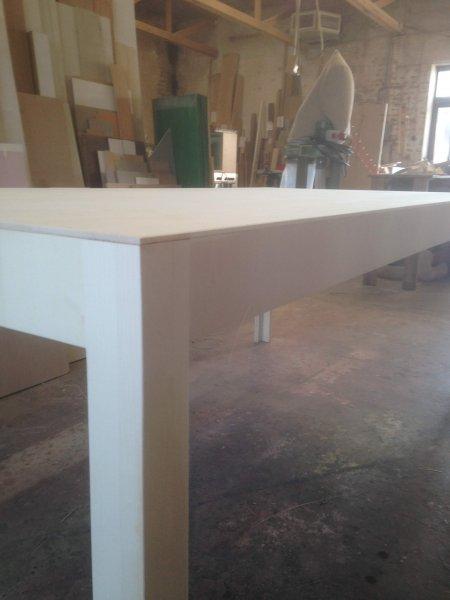 Tisch-Dreischicht-Ahorn-Designed-by-Kashuto-Nishikawa